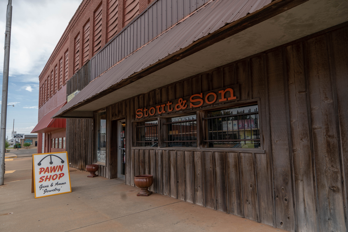 Elk City is in western Oklahoma along Route 66.  The city's population in 2017 was 11,555. Stout & Son Pawn Shop was started in 1952 by Steve Stout's grandfather.